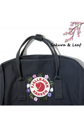 [刺繡限定!] Fjallraven Kanken Classic –  Graphite / Sakura and Leaf