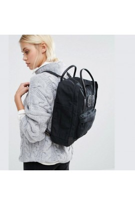 [特別版] Black Edition Fjallraven Kanken No.2 - Black
