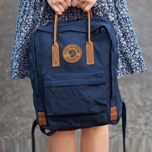 [超人氣!] Fjallraven Kanken No.2 - Navy