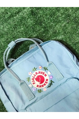 [刺繡限定!] Fjallraven Kanken –  Sky Blue / Sakura and Leaf