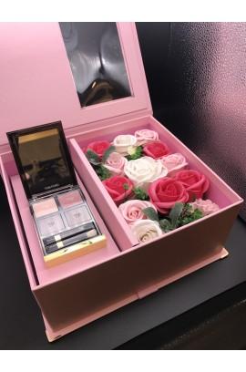【雙重喜悅】Tom Ford 4色眼影盤 連 Made by Heart 石鹼香皂永生花禮盒